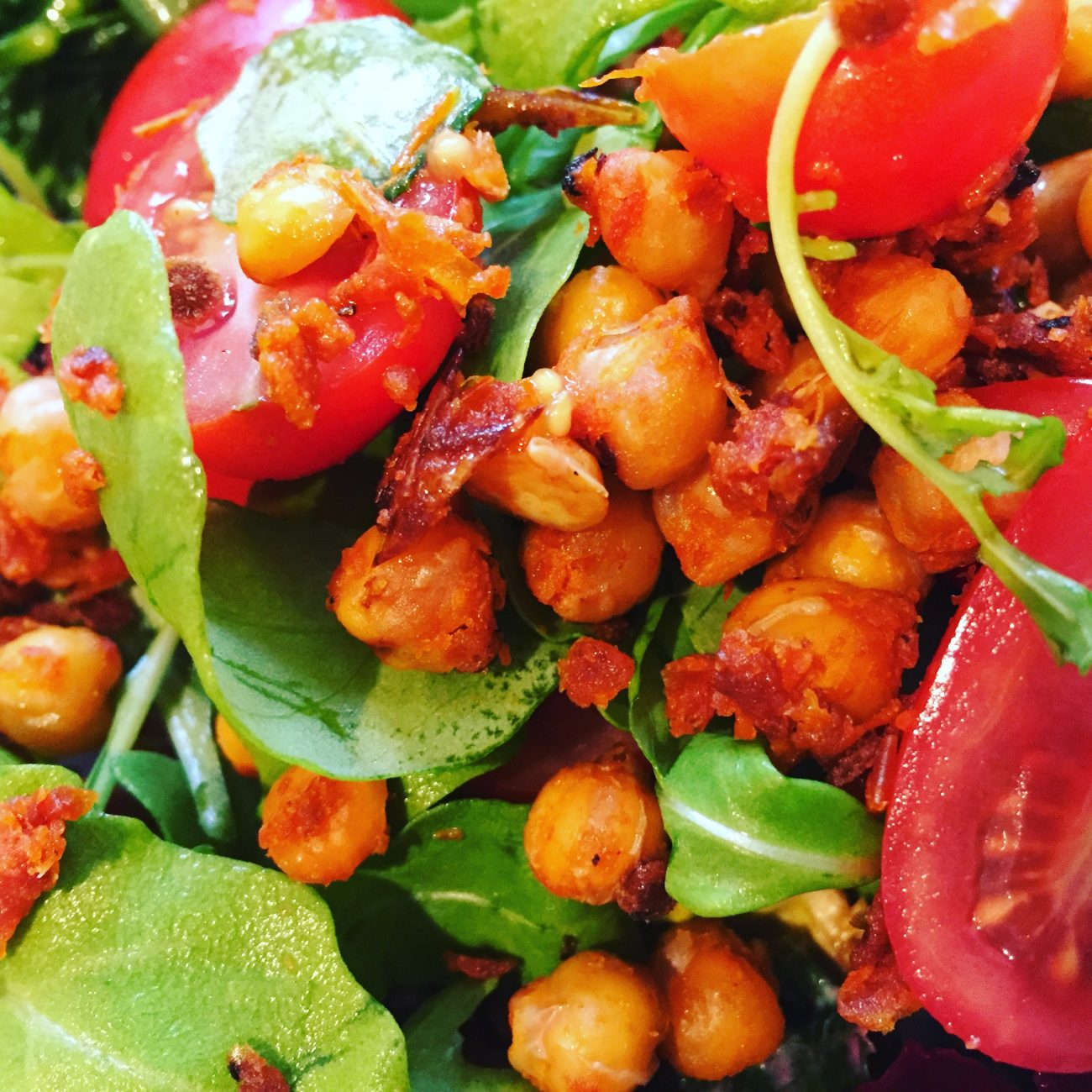 Sun Dried Tomatoe Roasted Chick Peas and Rocket